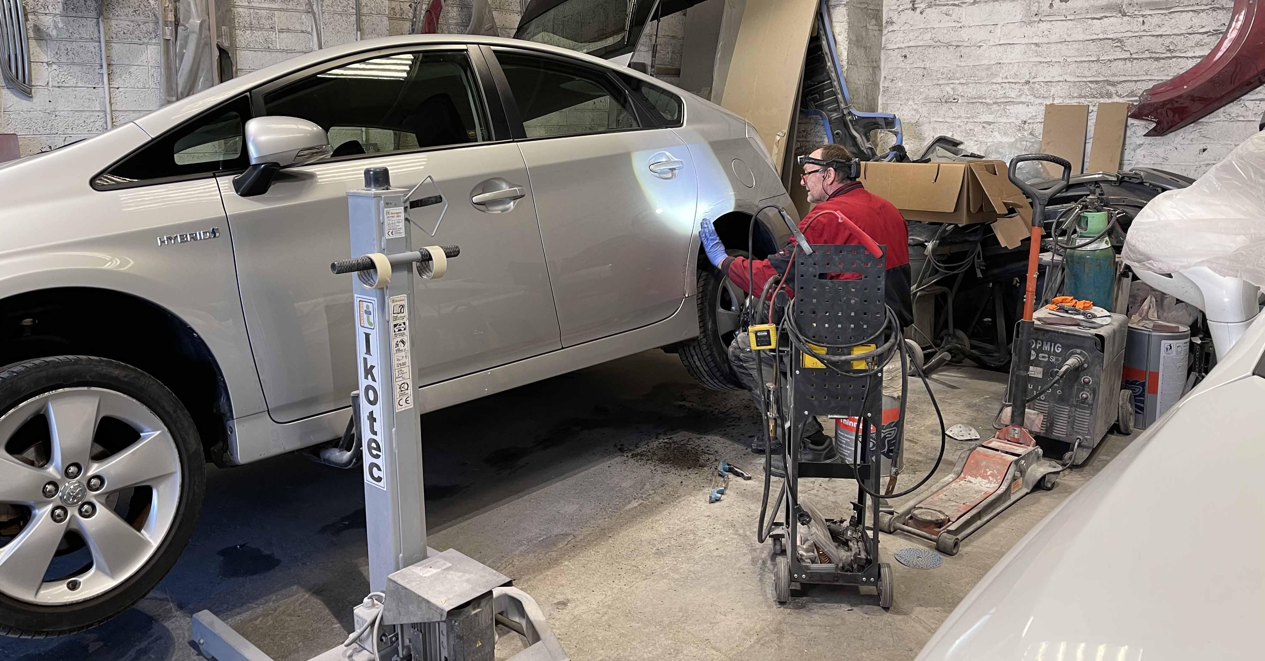 Kenduf motors panel work