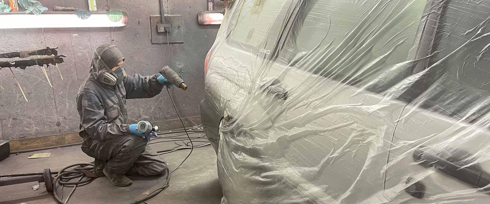 kenduf motors spraypainting